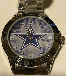 NFL Dallas Cowboys Watch with a Chrome Stainless Steel adjustable band unise