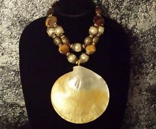 RICH ELEGANT BIG MOP SHELL STATEMENT NECKLACE CRUISE BEACH KATROX WOW FACTOR