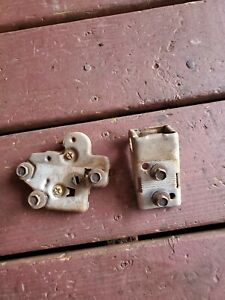 1965 CADILLAC DEVILLE AND FLEETWOOD TRUNK LATCH WITH STRIKER AND BOLT 1967