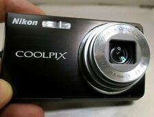 Nikon COOLPIX S550 10MP Digital Camera - tested works good