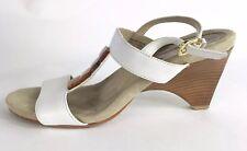 Ellen Tracy DATURA Strappy Sandals T-Strap Heels Shoes Stone Detail Size 8.5 M