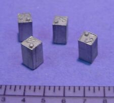 O/On3/On30 1/48 SCALE WISEMAN MODEL SERVICES DETAIL PARTS: #O135 SQUARE GAS CANS