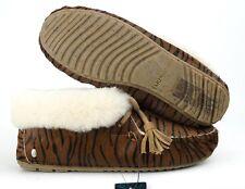 EMU Australia Womens Moonah Tiger Sheepskin Moccasin Slippers W11271 Wmn Sz6M US