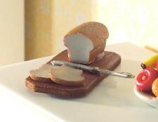 Casa de muñecas en miniatura: PAN, cuchillo, y placa en escala 12th