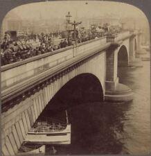 London. London Bridge. Lots of Folk & Traffic Drayman & Beer Barrels. Stereoview