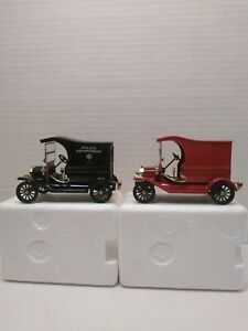 National Museun Mint Die Cast 1:32 Scale Police And Fire Wagons New In Box