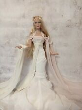 Tonner Dreams Shauna doll - limited edititon, exclusive gown, stand, box