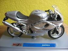 MOTO 1/18 TRIUMPH  955i DAYTONA GRISE  2000 MAISTO