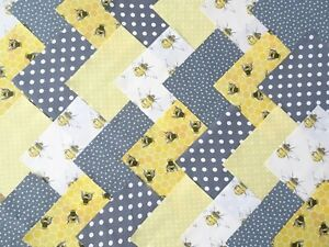 50 X 5 INCH SQUARES COTTON PATCHWORK FABRIC CHARM PACK - GREY / LEMON BEE