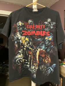 Call Of Duty Black Ops Zombies T shirt Size Large