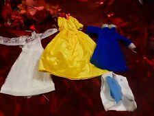 lot  vétements poupée mannequin barbie     5piéces robe taffetas neuve ,pression