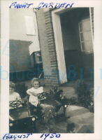 1950 REME Soldiers front garden at home on leave