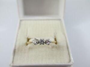 GORGEOUS VINTAGE c1960's 18ct GOLD DIAMOND TRILOGY RING UK SIZE O1/2  1.9g