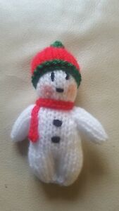"""NEW HAND KNITTED CHRISTMAS TREE DECORATION  """" SNOWMAN """""""