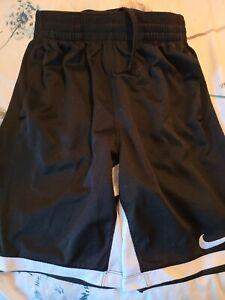 Boys Nike Dri Fit Shorts Black Size Large