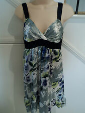 LADIES VALLEY GIRL SIZE 8 STUNNING SATINY LINED DRESS SPECIAL OCCASION