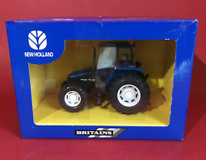 2002- Britains 1/32 Dealer Issue New Holland TL80 Tractor No40516 MIB