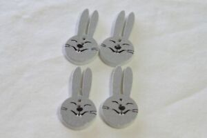 """Novelty Buttons Wooden (new) 1 3/8"""" (4) SMILING RABBIT"""