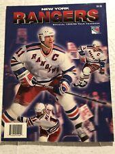 1995 96 NEW YORK RANGERS Yearbook MARK MESSIER Brian LEETCH Mike RICHTER