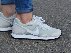 Nike Venture Runner CK2948-002 Women's Sneakers
