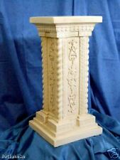 Statua Oxolite COLONNA QUADRATA con fregi cm56