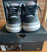 Nike Air Jordan 3 Retro OG Black Cement Fire Red Grey 854261-001 Size 5Y NICE