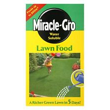 Miracle-Gro Lawn Food- Water Soluble Grass Feed up to 200 sqm 1kg
