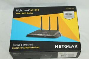 NETGEAR R6700 Nighthawk AC1750 Dual Band Smart WiFi, Gigabit Ethernet R6700 EUC