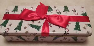Christmas Package Tin Music Box - Der Tannenbaum