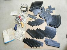 73 pieces of Aurora Model Motoring Track and other accessories