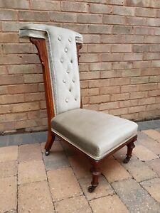 Bedroom Chair. Walnut Frame Upholstered Button Back Victorian Prie Dieu Chair