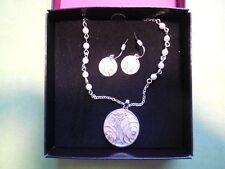 AVON 'NRT' Circular Pendant Pink Flower Gem Pearl Chain Necklace Earring Set