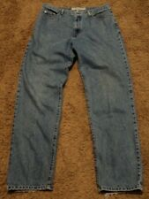 Men's Guess Brand CLASSIC FIT STRAIGHT LEG Blue Jeans Size 38x34 actual = 34x32