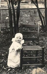 H51/ Ewing Kentucky RPPC Postcard 1914 Pretty Child Chair Home