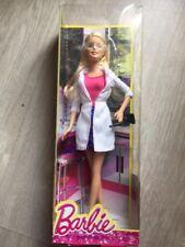 2014 Barbie Scienziata Ckj84