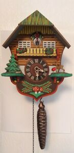 Quarter hour call cuckoo clock with 1-day movement Black Forest House 1/4 hour