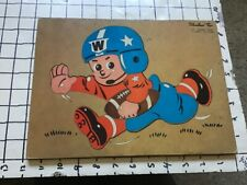 Vintage frame tray puzzle -- Woodland Toys -- FOOTBALL PLAYER 11T