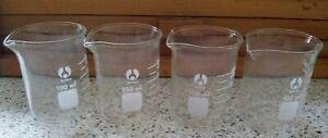 SET OF 4 PYREX GLASS LABORATORY, SCIENTIFIC GRADUATED MEASURING BEAKERS 100ML