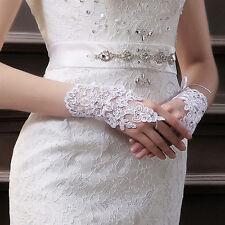 1 paire de mitaines femme DENTELLE mariage coloris blanc LIVRABLE DE SUITE