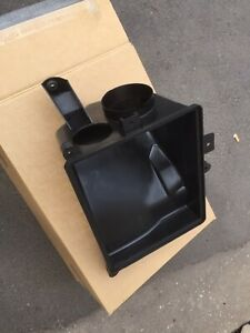 Holden Commodore Ls1 Lower Air Box New