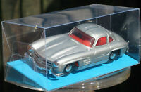 DINKY 1955 MERCEDES-BENZ 300 SL SILVER WITH CLEAR MODEL DISPLAY BOX