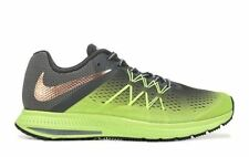 Zoom Synthetic Solid Athletic Shoes for Men