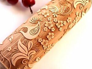 Engraved Wooden Rolling Pin Embossed Dough Roller with Birds Flowers Pattern