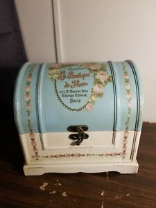 Home Decor Blue Beige Madeleine Floral Medium Lockable Trunk Chest Box