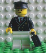 Neue Lego Minifigur Pilot mit Koffer (9247-5)  700