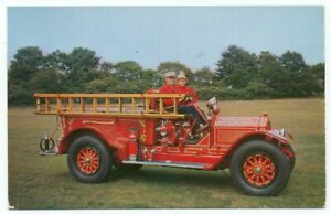 1915 American LaFrance Fire Engine Pumper Long Island Auto Museum NY Postcard