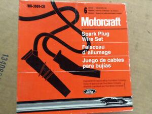 NEW OEM Ford Motorcraft WR-3989-CR Spark Plug Ignition Wire Set   E4PZ-12259-FR