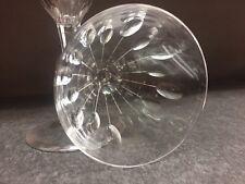 9 coupes à champagne NESTOR taille Hamlet- En VERRE . H: 136 mm  Val St Lambert