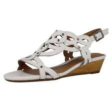 Sandali e scarpe bianche formale per il mare da donna