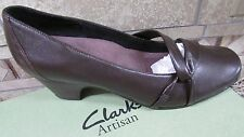 NEW CLARKS ARTISAN SUGAR PLUM BROWN PUMPS SHOES WOMENS 9.5 TWO INCH HEELS